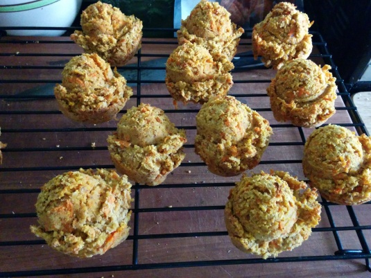 Cute carrot muffins ready to eat!
