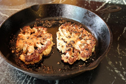 cauliflower-steak-au-poivre-4-1024x682